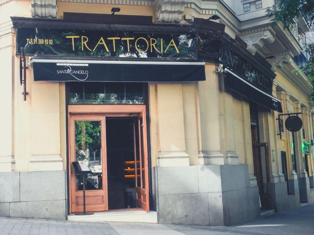 Trattoria SantArcangelo está situada en el Triángulo del Arte